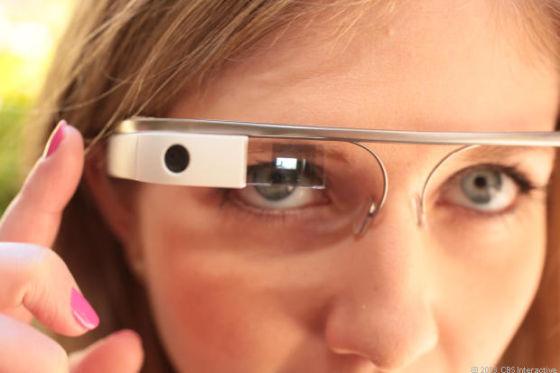 谷歌智能眼镜Google Glass